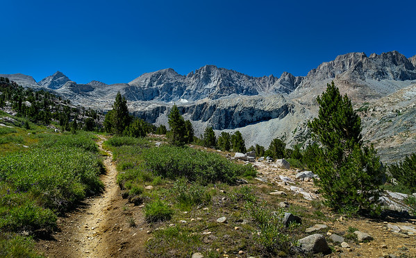 Ascending towards Forester Pass