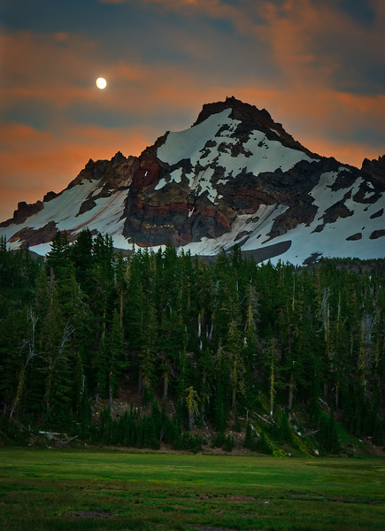 Moonrise over Broken Top (Vertical)