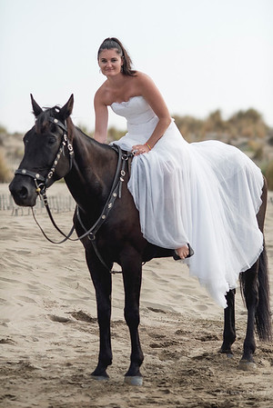 Photo de la mariée sur un cheval