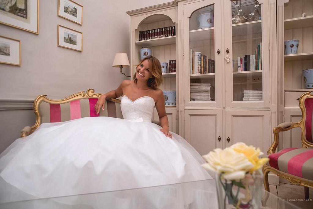 La mariée dans sa robe   - photographe montpellier mariage