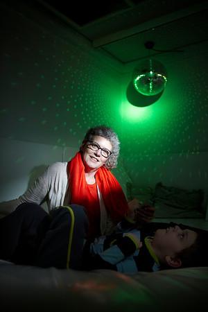 Leder, sygeplejerske  Marie Gregersen, Tjørringhus dønginstitution for handicappede. Snoezel terapi rum Herning, 26.2.2013