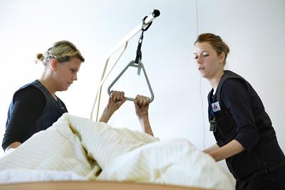 Sygeplejerske på job - Rikke Witting på Tryghedshotellet studerende Nanna Krogh Pedsersen