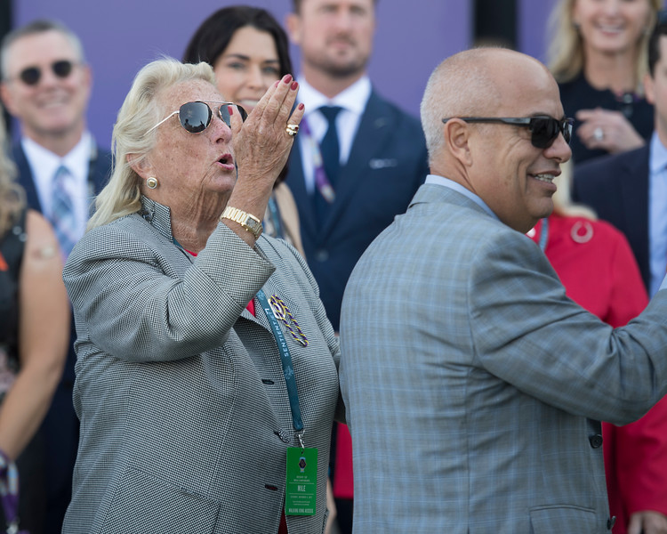 owner Charlotte Weber blowing kiss to horse<br /> World Approval wins the Breeders Cup Mile on November 4, 2017. Photo by Anne Eberhardt