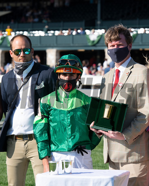 (L-R): assistant trainer Whit Beckman, Irad Ortiz Jr., presenter Rob Samuels. Raging Bull with Irad Ortiz Jr. wins the Makers Mark Mile (G1)<br /> at Keeneland near Lexington, Ky., on April 9, 2021.