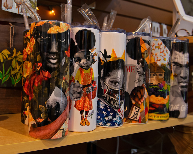20 ou. Tumblers with his artwork also available in his booth. <br /> Dafris the artist in his booth at Greyline in Lexington, Ky., on March 4, 2021.