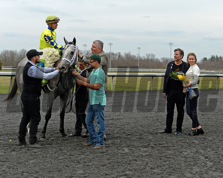 Dr. Kendall Hansen and wife on right after Fast And Accurate wins the 2017 JACK Cincinnati Casino Spiral Stakes at Turfway on March 25, 2017.