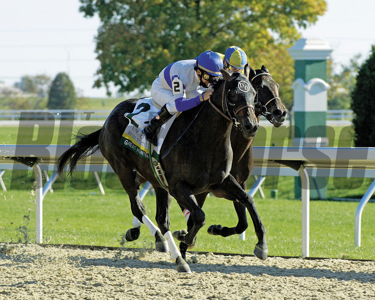 Caption: Great Hunter with Victor Espinoza up wins the Lane's End Breeders' Futurity (gr. I) with Street Sense (who finished third)<br /> Keeneland on October 7, 2006, in Lexington, Ky.<br /> Origs4image191<br /> Photo by Anne M. Eberhardt