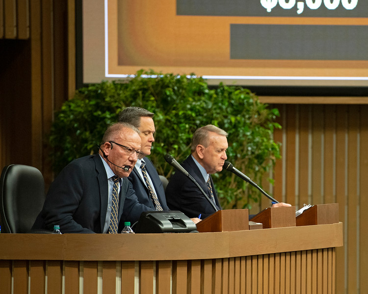 (L-R): Auctioneers Cris Caldwell, Justin Holmberg, and announcer John Henderson on<br /> Jan. 15, 2020 Keeneland in Lexington, KY.
