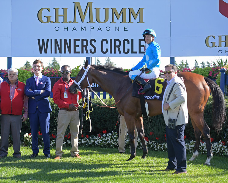 Starship Jubilee wins Canadian (G2)<br /> at Woodbine.