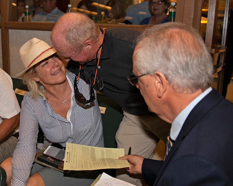 (L-R): Shawn Dugan being congratulated by Neil Howard with Gainesway after purchase of Hip 485<br /> at the Keeneland September Sale.