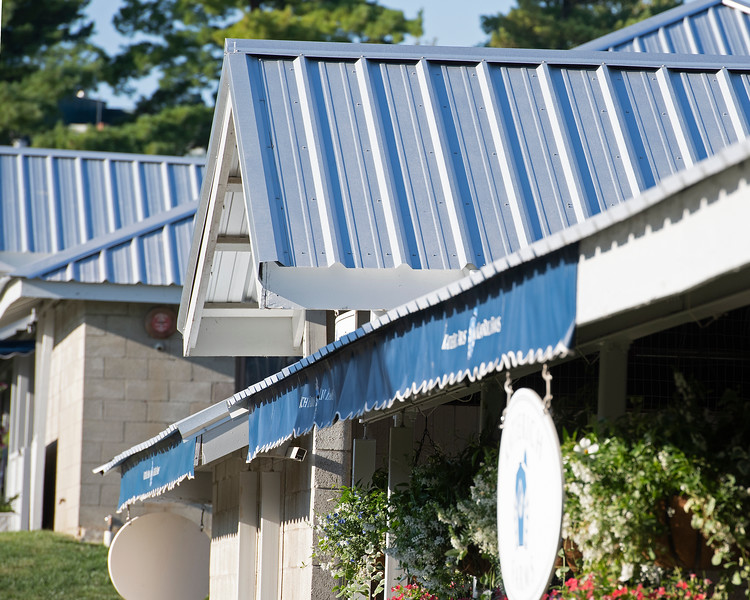 Roof renovations<br /> at the Keeneland September Sale.
