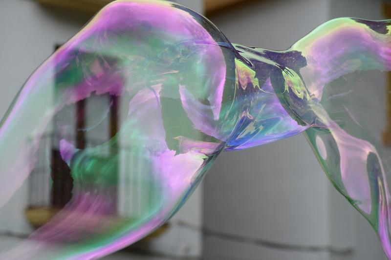 Soap bubbles, Elena Gardelli, artists-on-board.com