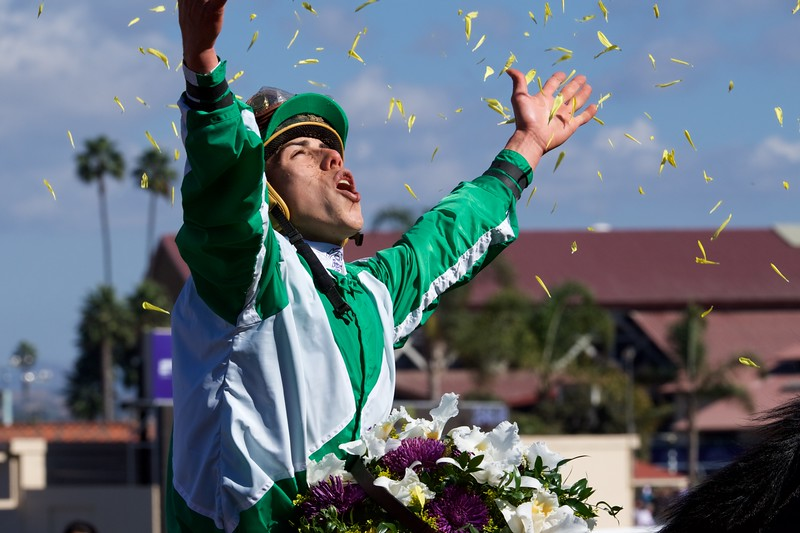 Irad Ortiz celebrates winning the Breeders Cup Filly and Mare Sprint atop Bar of Gold on November 4, 2017. Photo by Skip Dickstein.