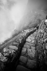 Decent - Huayna Picchu, Machu Picchu, Peru