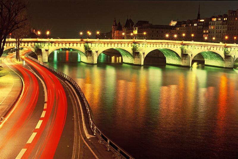 """""""Pont Neuff Bridge"""" / Paris"""