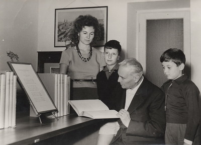Alpignano, 1960s. Alberto, Bianca and their sons Aldo and Enrico at the new premises of the Press.