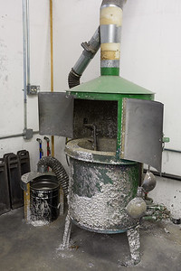 Casting Pot for Melting Pipe Metal