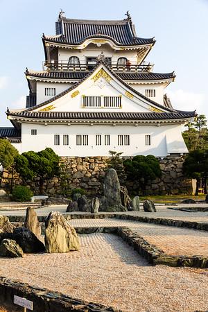 Tenshu, Tensyukaku, the main keep seen from across the rock garden.