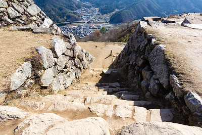 Steps leading down from the tenshu to South Ninomaru.