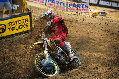 Ryan Dungey gets Blasted with Mike Alessi roost, Budds Creek MD