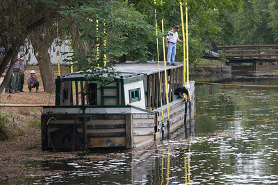 Attaching Straps to the Canal Clipper III