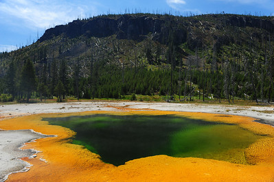 Yellowstone National Park, Mineral Pools