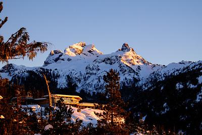 Summit Lodge & Pilots