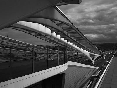 Covered Escalators to Platforms