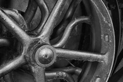 Close-up of Carding Machine's 5-Spoke Pulley