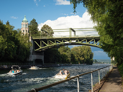 Montlake Bridge, Down