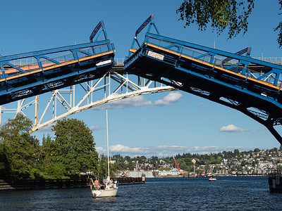 Freemont Bridge Opening