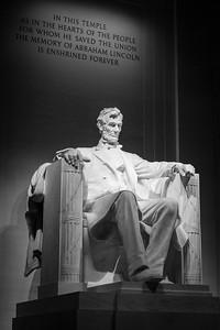 Lincoln Memorial's Grand Statue