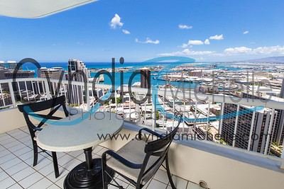 On assignment for eHawaiiProperty.com at Honolulu Park Place on June 9, 2015