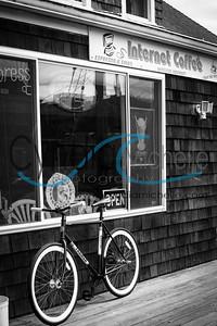 Seaside Internet Cafe and Bike