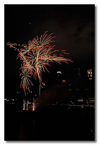 I see star?! Singapore Fireworks Festival.