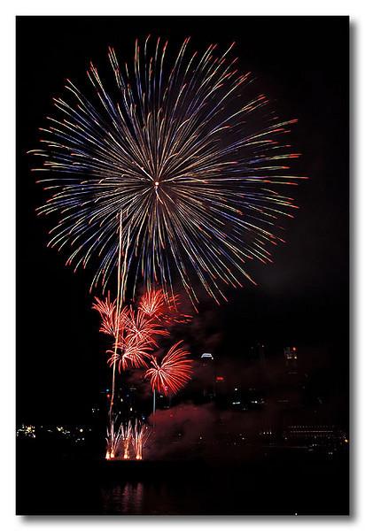 Multicolours. Singapore Fireworks Festival.