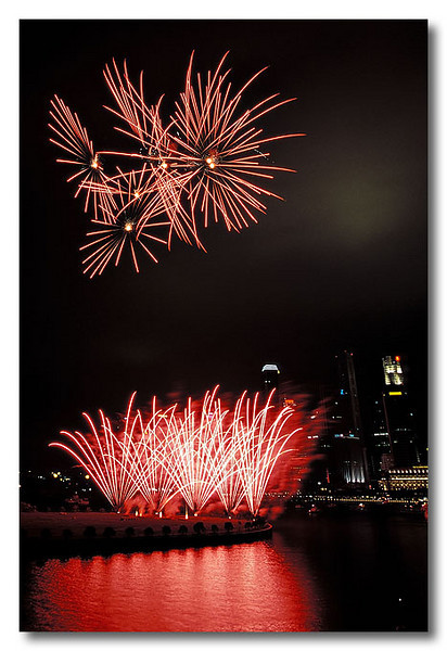 Redsss I... Singapore Fireworks Festival.