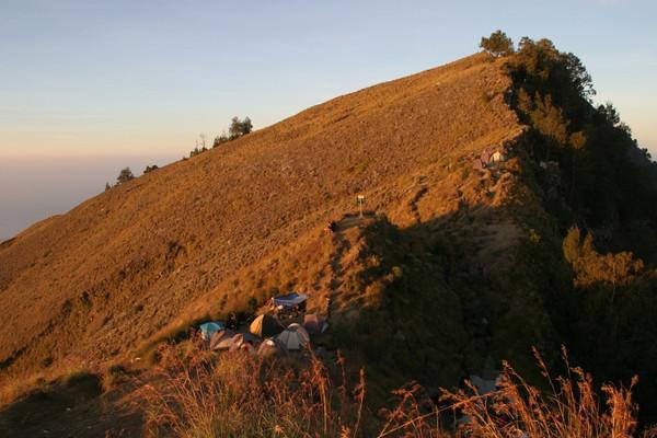 And pretty soon, the sun was setting already.  Mount Rinjani, Lombok, Indonesia.