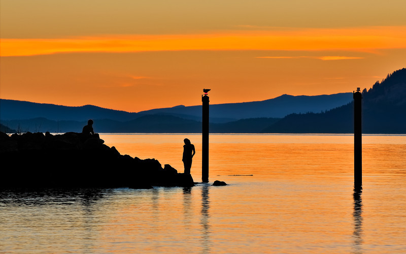 Silhouetting Couple's Hour at Orcas