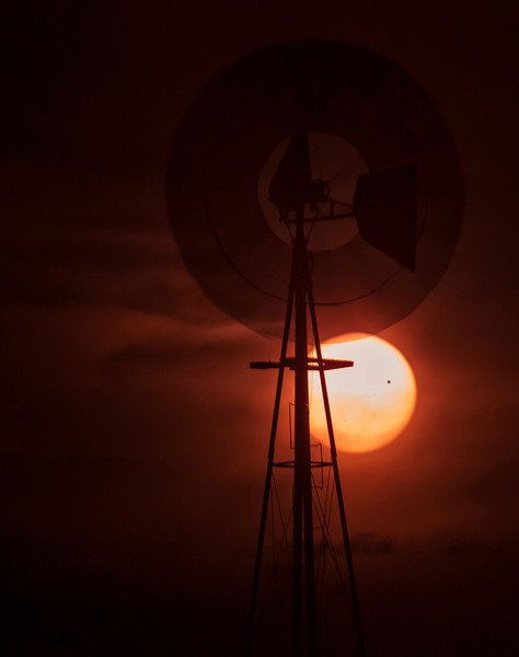 Spinning the 2012 Transit of Venus