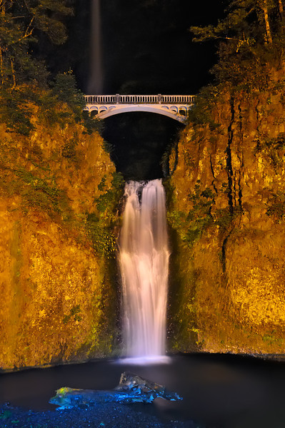 Lower Multnomah Falls Night Flow