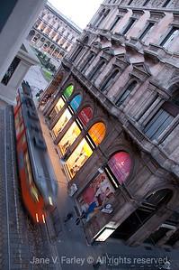 Milano painting lights