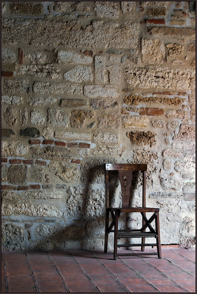 Chair (Ascoli Picenno, Italy)