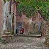 Side alley (Fiorenzuela di Focara, Italy, 2009)
