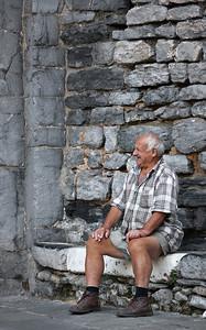 Front row spectator (Porto Venere, Italy, 2009)