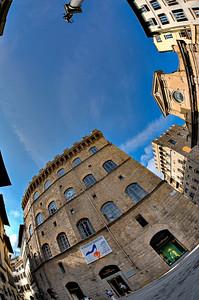 Sky over Piazza di Santa Trinità