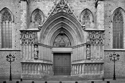 Basilica Santa Maria del Mar, West Facade, Barcelona, Spain 2015