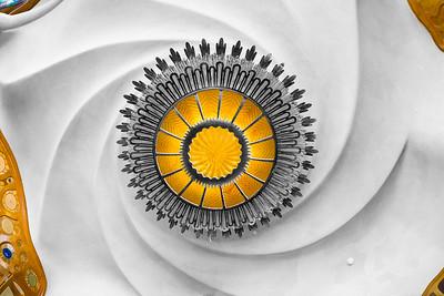 Spiralling light