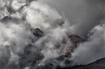 Mt Robson parkingl ot. Mt. Robson Provincial Park, British Columbia, Canada 2015