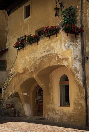 500 years of renovatio